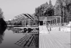 """深潜赛艇俱乐部的结构: 寻找""""隐现""""的途径 / 和作结构建筑研究所"""