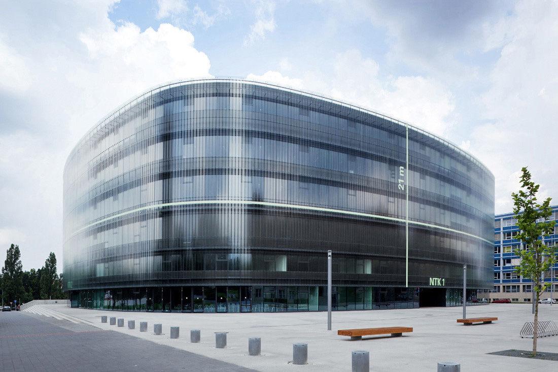 布拉格国家技术图书馆