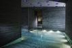 """瓦尔斯温泉浴场,卒姆托的""""水石礼赞"""""""