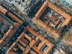 航拍青岛:从红屋顶看近代城市规划