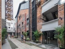 永庆坊:老城改造影响下的新街巷 / Lab D+H
