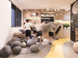 四胞胎的跑道之家,上海60平米公寓改造 / 刘津瑞