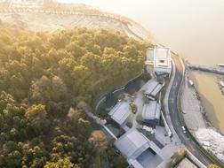 融于湖山:宁波万科白石湖东示范区景观设计 / 易亚源境