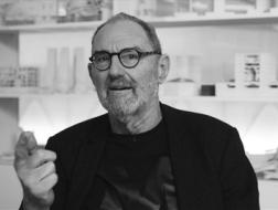 专访   汤姆·梅恩:巨人网络总部的宣言