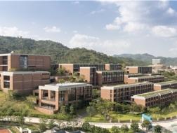 红砖的现代转身:小径湾大学 / Foster + Partners,GDI