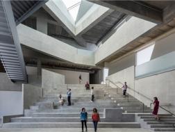 格拉塞爾藝術學校 / 斯蒂文·霍爾建筑師事務所