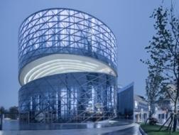 动态的焦点:回转艺廊 / ATAH介景建筑