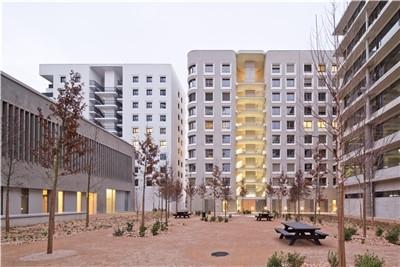 和而不同:Îlot A3规划与5号楼设计 / 赫尔佐格 & 德梅隆