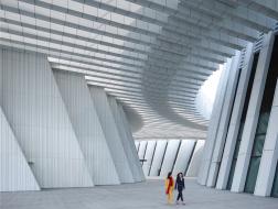 gmp新作:广西文化艺术中心落成,以形式回应喀斯特地貌风光