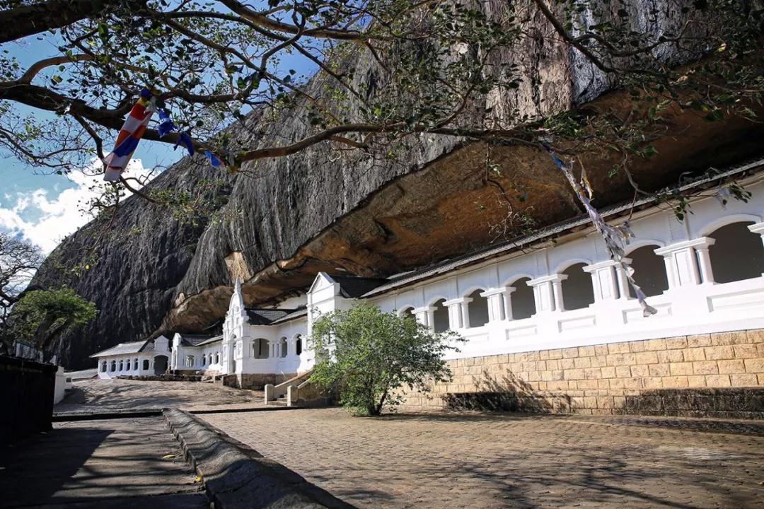 丹布勒石窟
