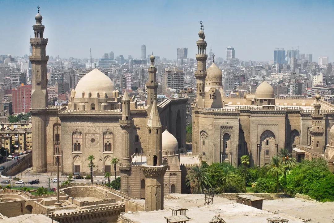苏丹·哈桑清真寺