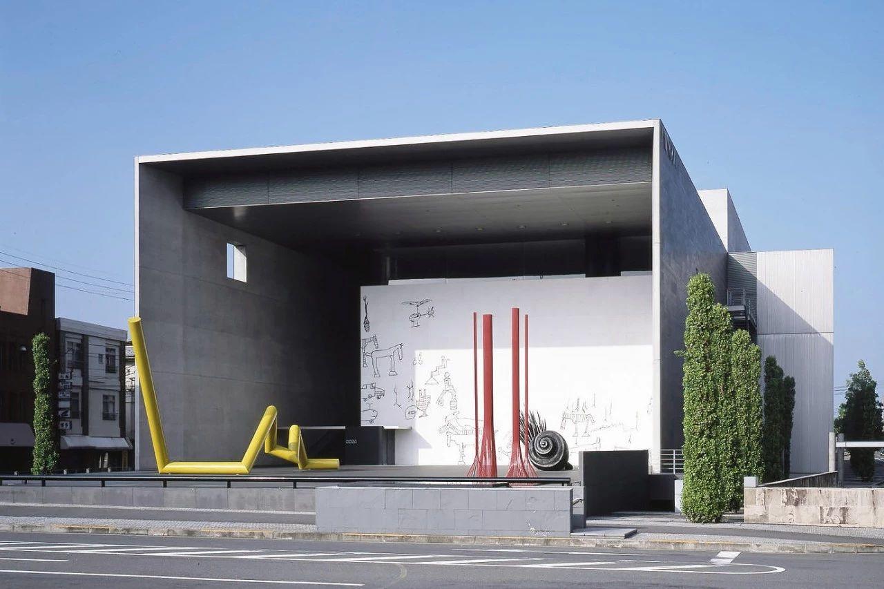 猪熊弦一郎现代美术馆