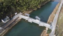 针灸式微介入:玉华村人行桥 / 十二楼建筑工作室