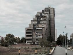 塞尔维亚:粗野主义建筑之美