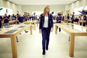 她定义了苹果店的设计风格,如今却选择离开