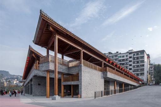 滨江的屋顶解构:云阳四方井服务建筑 / 汤桦建筑设计事务所
