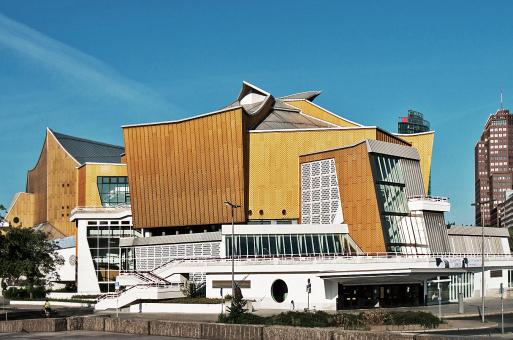 经典再读23 | 柏林爱乐音乐厅:德国建筑的战后新生