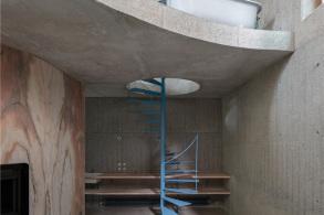 混凝土和大理石的碰撞:Casa do Monte / Leopold Banchini Architects + Daniel Zamarbide