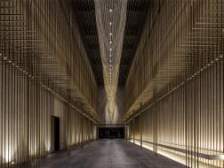 流动的金属连廊:曲江创意谷文化展演中心 / 欧华尔顾问有限公司