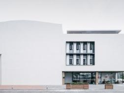 刘宇扬建筑事务所(Atelier Liu Yuyang Architects):媒体主管、项目主管、运营经理、建筑师、景观建筑师、建筑与景观实习生【上海招聘】(有效期:2019年7月25日至2020年1月25日)