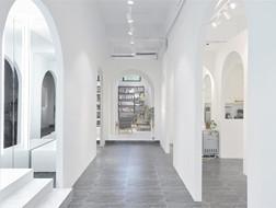 虫洞创意空间:新华书店+良渚良造 / 杭州植田建筑室内设计工作室