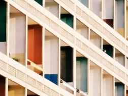 混凝土之诗:手机摄影里的柯布建筑