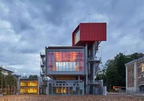 伦佐·皮亚诺建筑工作室新作:城堡内的大学改造,俯瞰城市的瞭望台