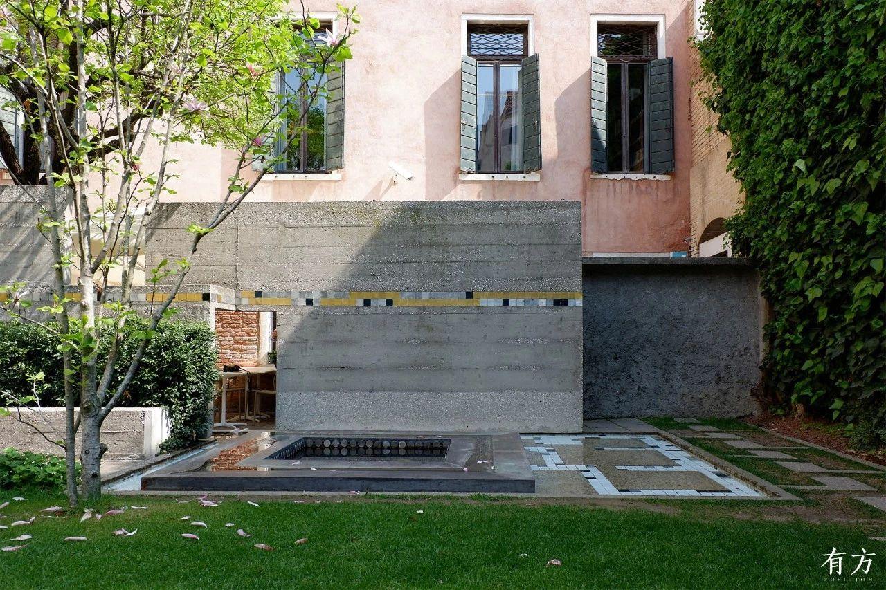 奎里尼基金会及庭院