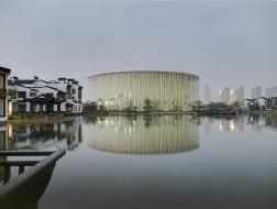 太湖秀剧场:白色竹林 / SCA   Steven Chilton Architects