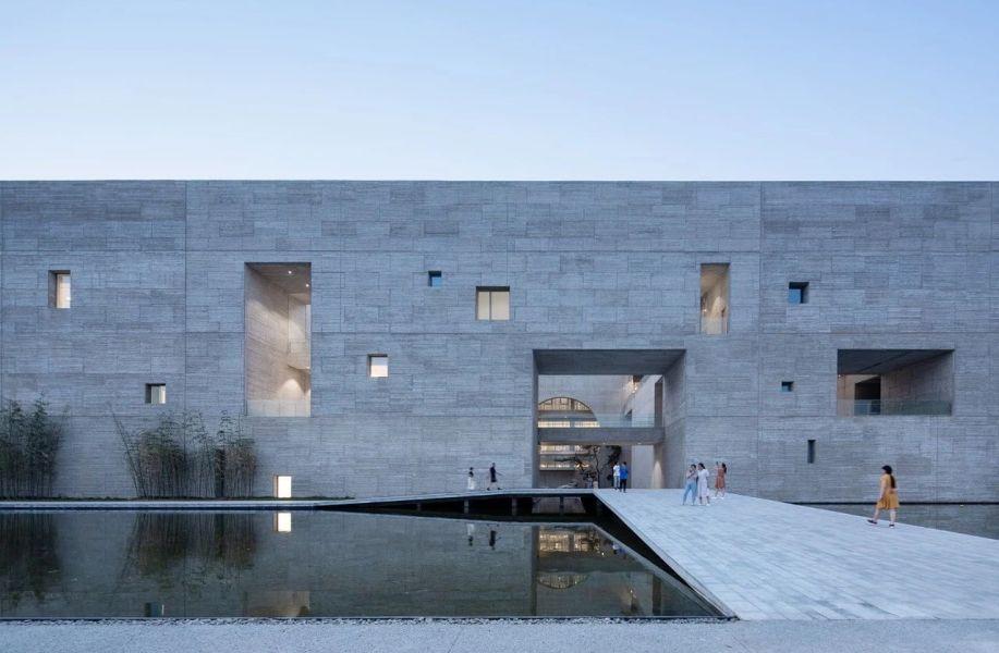 新作+专访   寿县文化艺术中心:古城经验的当代延生 / 朱锫建筑事务所