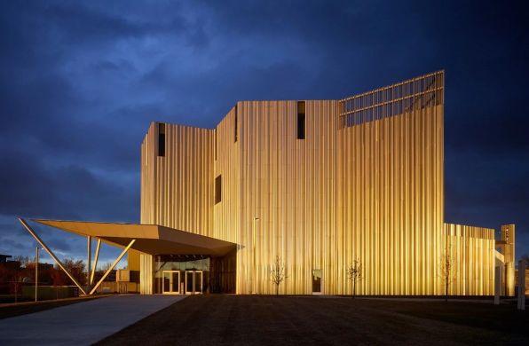俄克拉荷马当代艺术中心:向不断变化的天光致敬 / Rand Elliott Architects