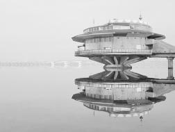 """摄影师镜头下的""""宇宙共产主义建筑"""""""