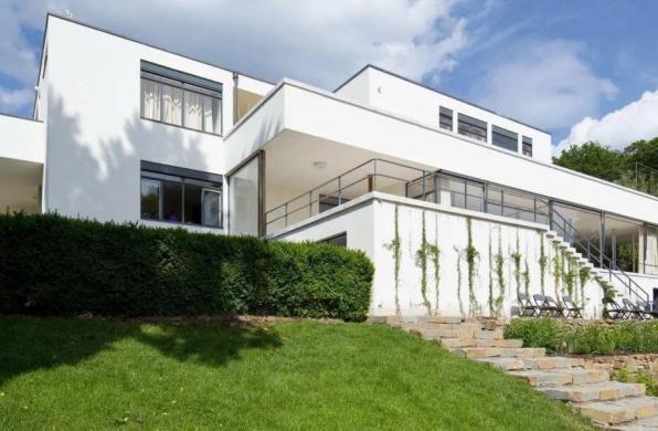 经典再读62 | 图根哈特别墅:二十世纪最奢华的现代住宅之一