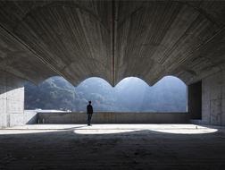 """从10座混凝土建筑,看当代中国的""""粗野主义"""""""