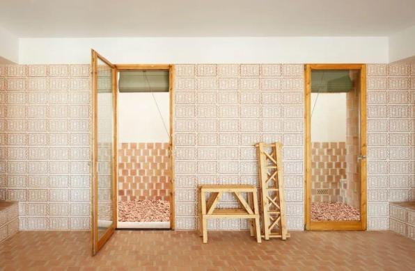 下榻地 | Can Picafort:质朴的砖