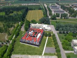 艾米利亚·罗马涅大区能源局:生态木屋 / MC A建筑事务所