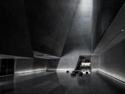 英良石材自然历史博物馆:置入的晶体 / 时境建筑