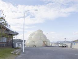 SANAA作品:直岛码头,云朵般的村庄地标