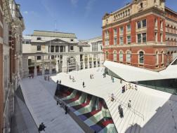 伦敦V&A博物馆扩建:旋转与折叠 / AL_A
