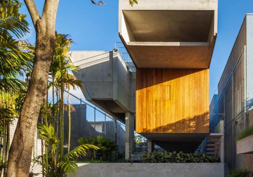 圣保罗市中心周末住宅:紧凑的丰富 / spbr arquitetos