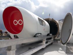 """时速超1000公里/小时,BIG和Kilo设计的维珍超回路列车""""天马号""""舱体首次搭载乘客"""