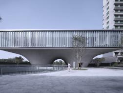 西安沣东新城莱安社区中心:漂浮之门 / EID Architecture