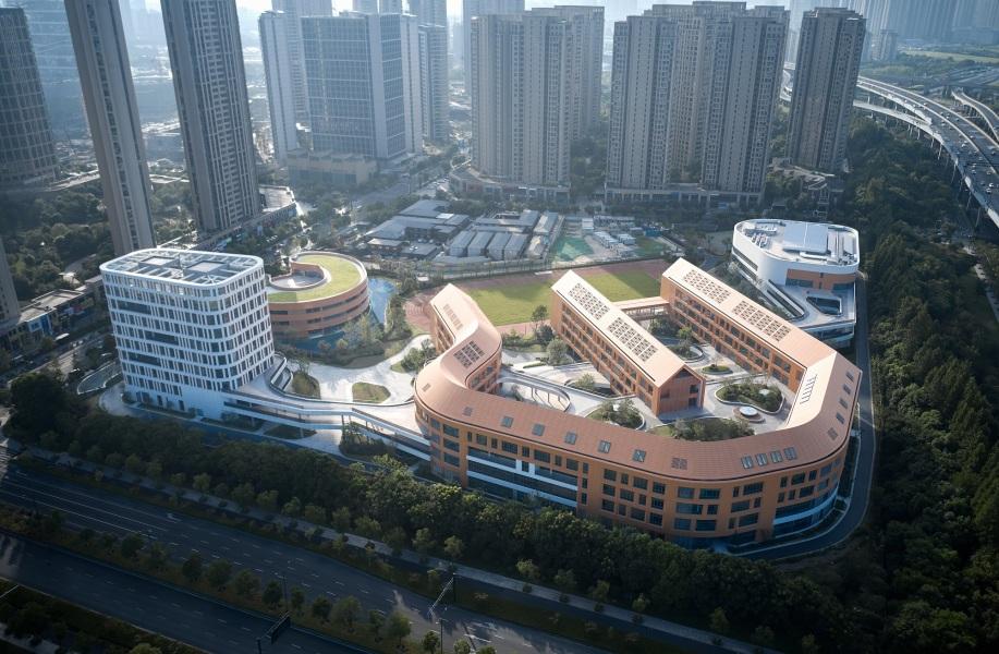 杭州市奥体实验小学及幼儿园:层次的交织 / 浙江大学建筑设计研究院