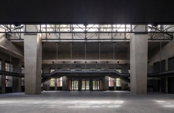 直向建筑短片系列:南开大学海冰楼