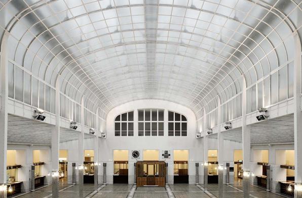 经典再读91 | 奥地利邮政储蓄银行:现代建筑宣言