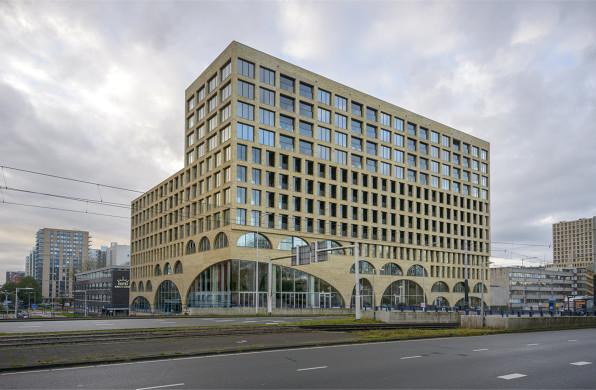 阿姆斯特丹Westbeat住宅:拱间漫步 / Studioninedots