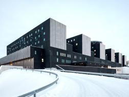 未来医院的理论模型:芬兰中部新星医院 / JKMM