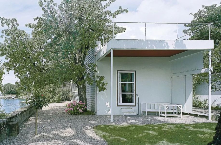 经典再读100 | 湖畔之家:倾注柯布温情的小房子