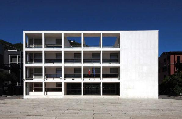 经典再读110   特拉尼宫:意大利理性主义建筑杰作