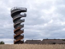 BIG新作,马尔斯克双螺旋暸望塔建成开放